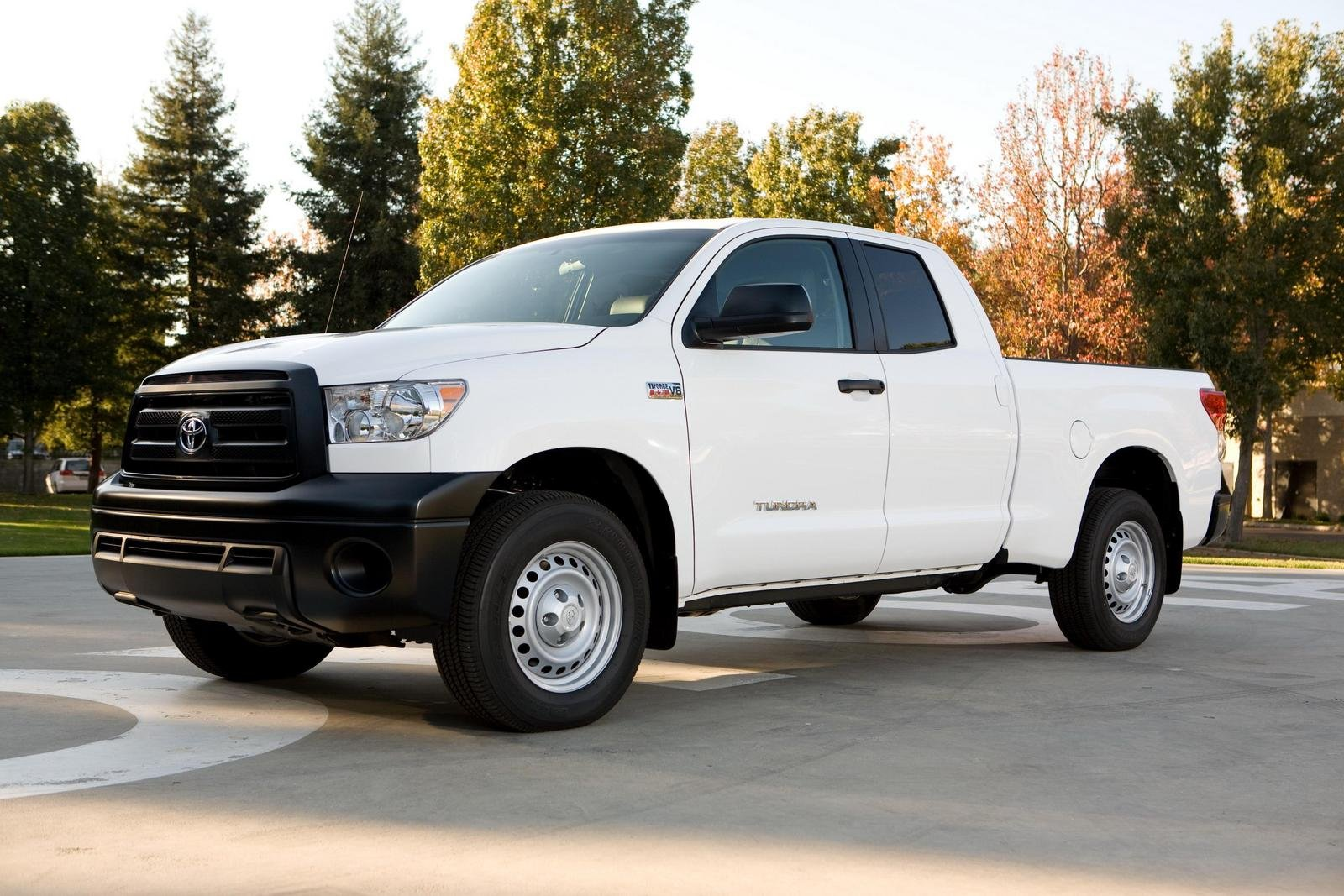 2010 toyota tundra review top speed