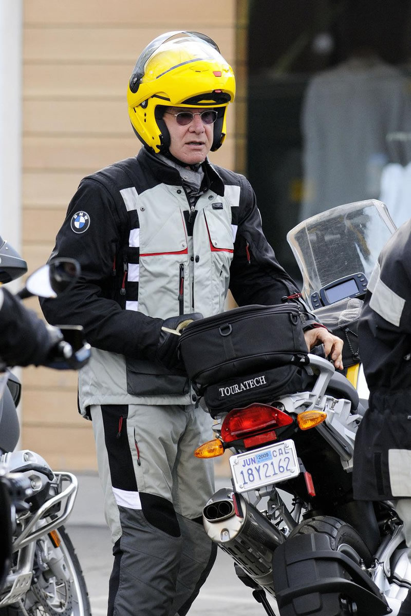 Harrison Ford rides a BMW - image 286393