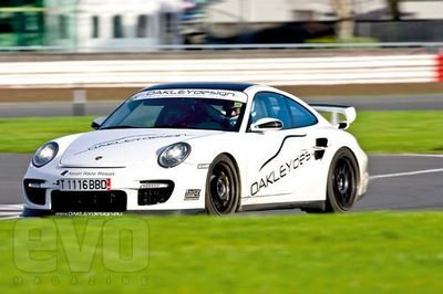 Porsche 997 GT2 by Oakley Design - image 288090