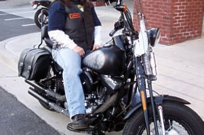 "Women wins Harley-Davidson ""Build it and Win It"" Contest"