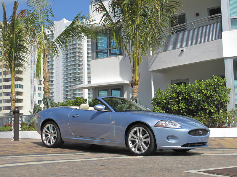 2009 - 2015 Jaguar XK Convertible