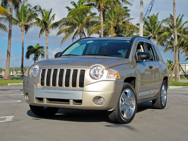 Best Midsize Luxury Sedan >> 2009 Jeep Compass Limited | car review @ Top Speed