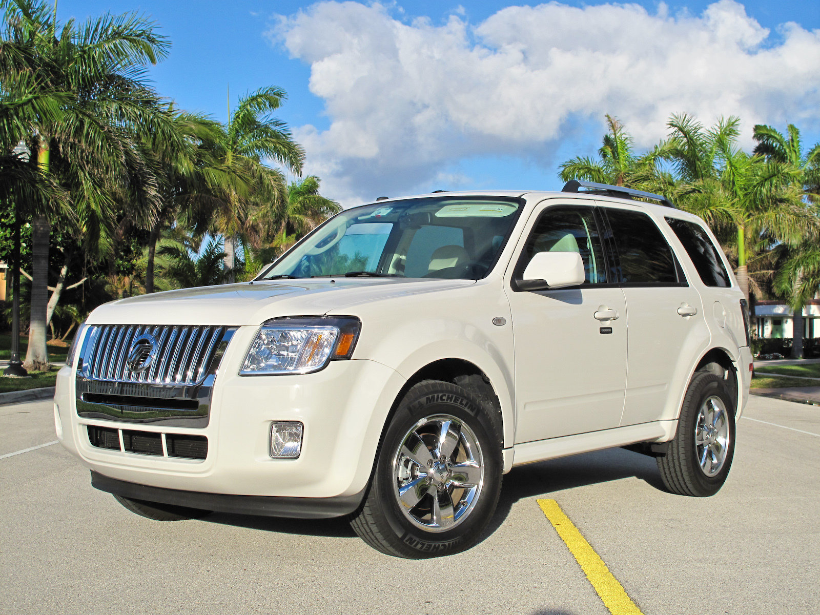 Mariner Car: 2009 Mercury Mariner VOGA Review
