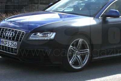 2010 Audi RS5 spy shot - image 292655