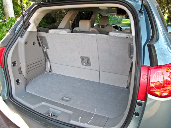 2009 chevrolet traverse car review top speed. Black Bedroom Furniture Sets. Home Design Ideas