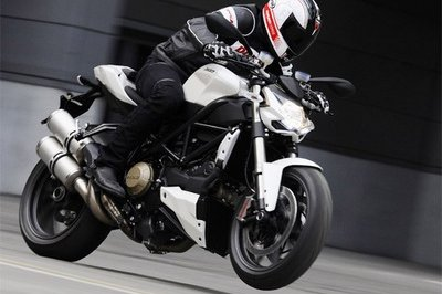 Ducati Streetfighter S will be available in US by May