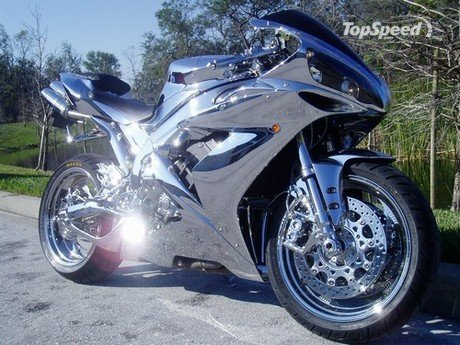 Yamaha R1 Fully Chromed Sport