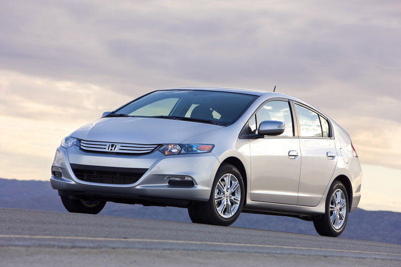 Honda Insight priced for hard working Americans - image 290076
