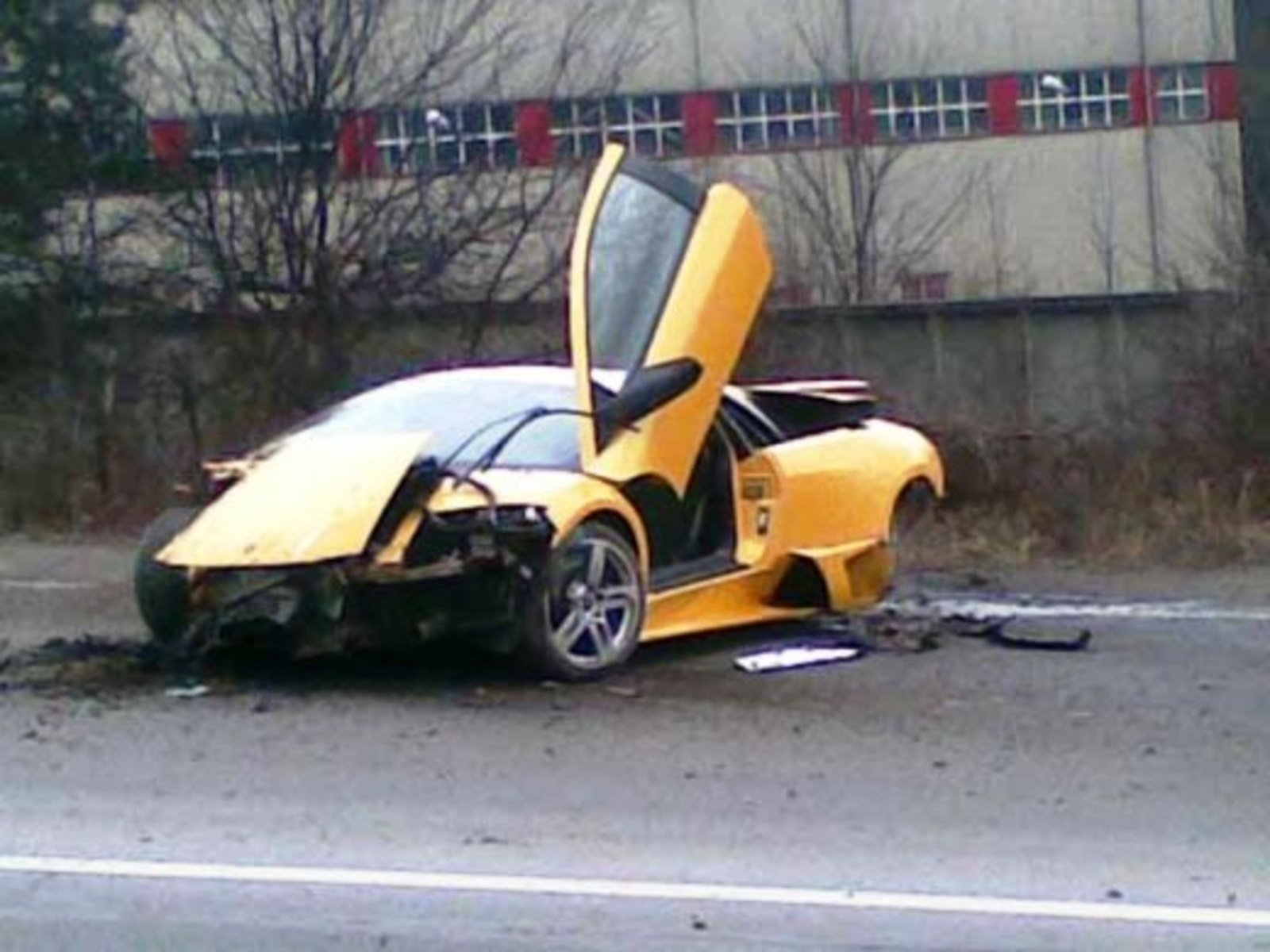 Lamborghini Murcielago LP640 Crashed