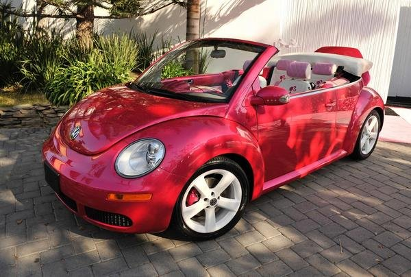 2010 volkswagen beetle convertible barbie edition car review top speed. Black Bedroom Furniture Sets. Home Design Ideas