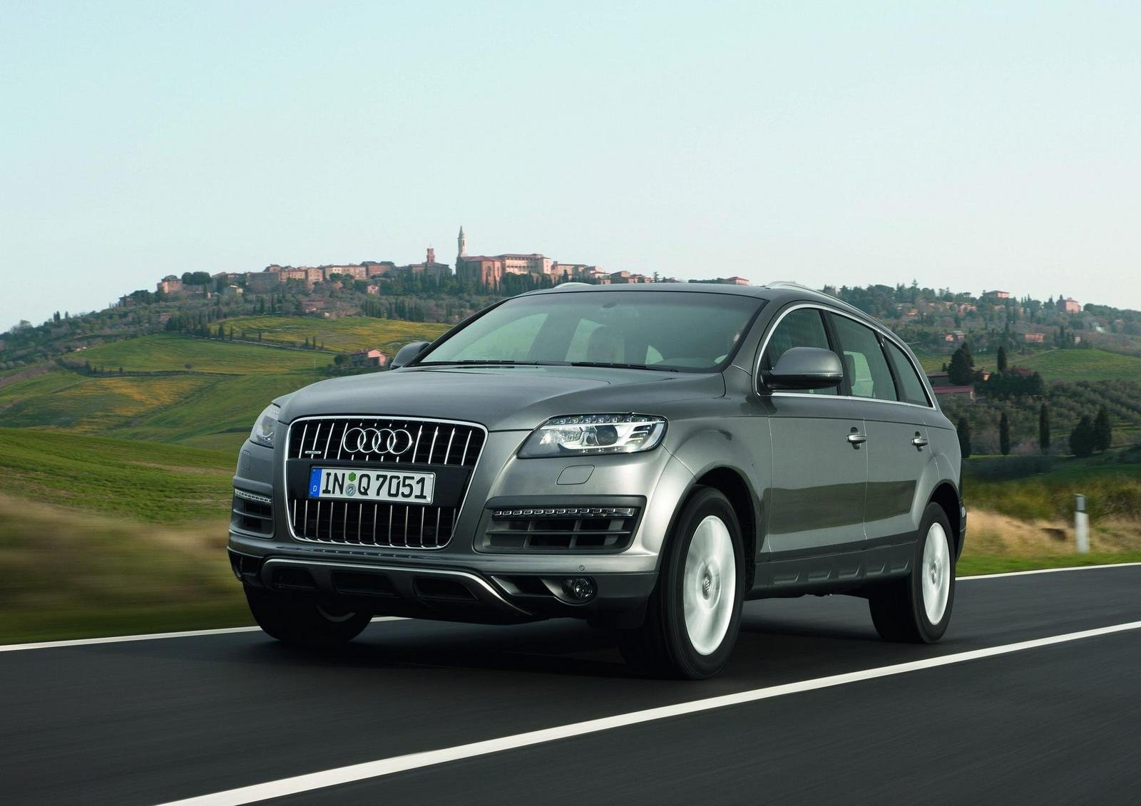 2010 audi q7 picture 295914 car review top speed. Black Bedroom Furniture Sets. Home Design Ideas
