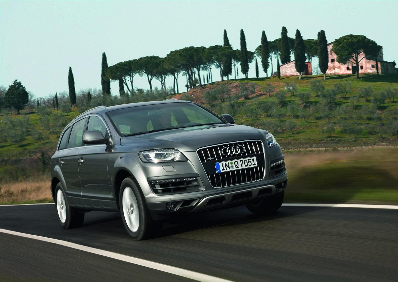 2010 audi q7 picture 295921 car review top speed. Black Bedroom Furniture Sets. Home Design Ideas