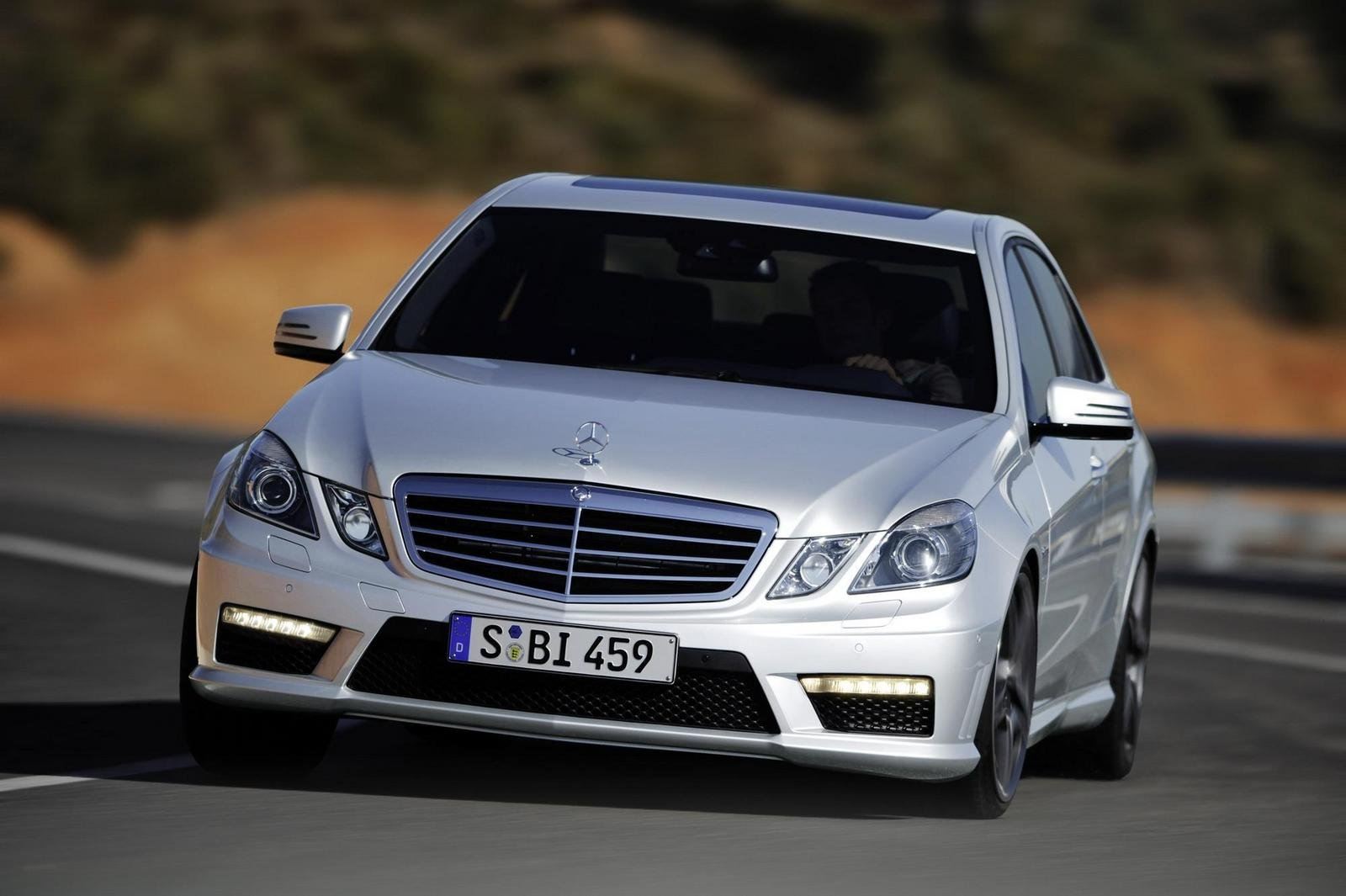 2010 mercedes e63 amg review top speed. Black Bedroom Furniture Sets. Home Design Ideas