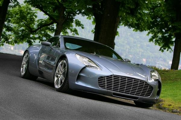 aston martin one-77 revealed at concorso d eleganza picture
