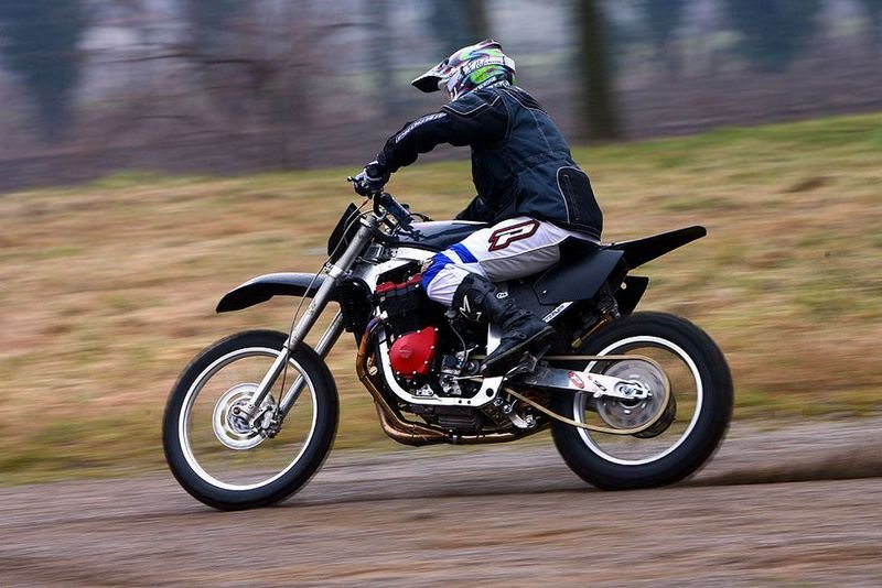Suzuki GSX-R 1100 Dirt Bike
