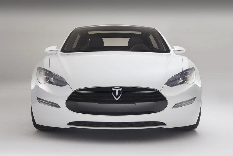 Tesla has over 1000 orders for their Model S E.V.