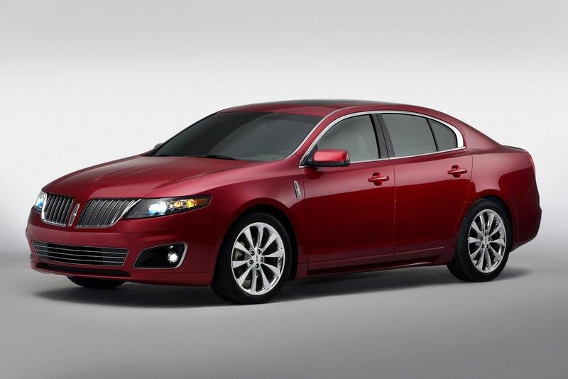 2010 Lincoln MKS gets EcoBoost power