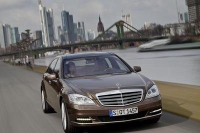 2010 Mercedes S-Class - image 299204