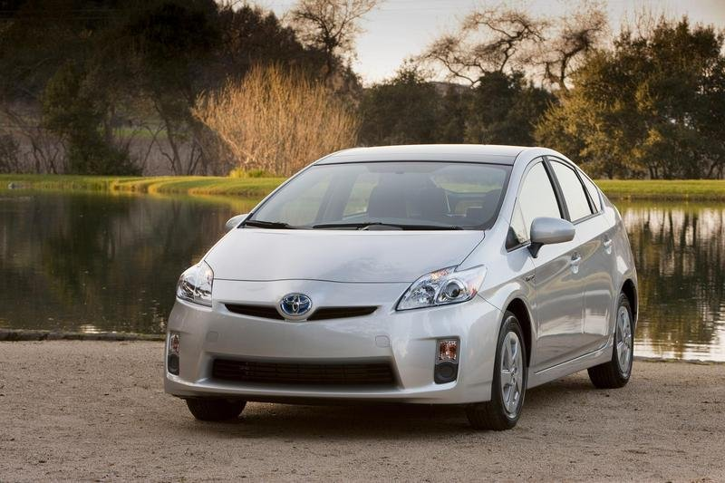 Hybrids In Demand: Toyota Receives 75,000 Orders For The 2010 Prius