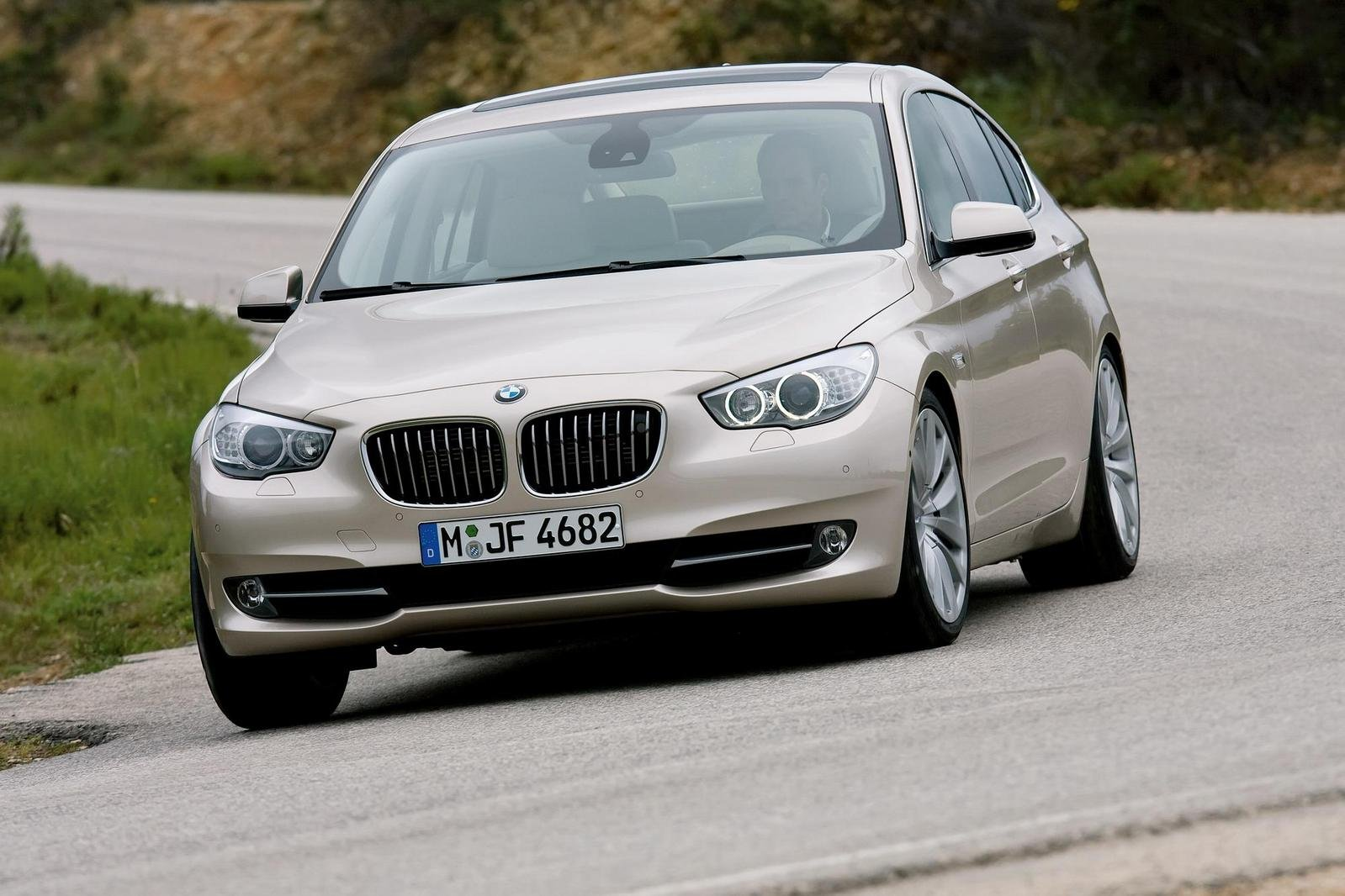 2010 bmw 5 series gran turismo review top speed. Black Bedroom Furniture Sets. Home Design Ideas