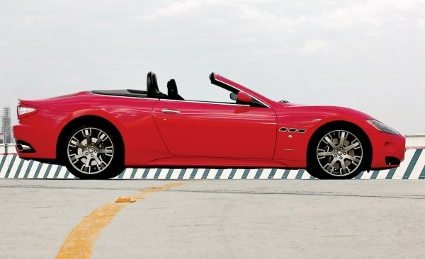 maserati granturismo spider to be revealed in frankfurt picture