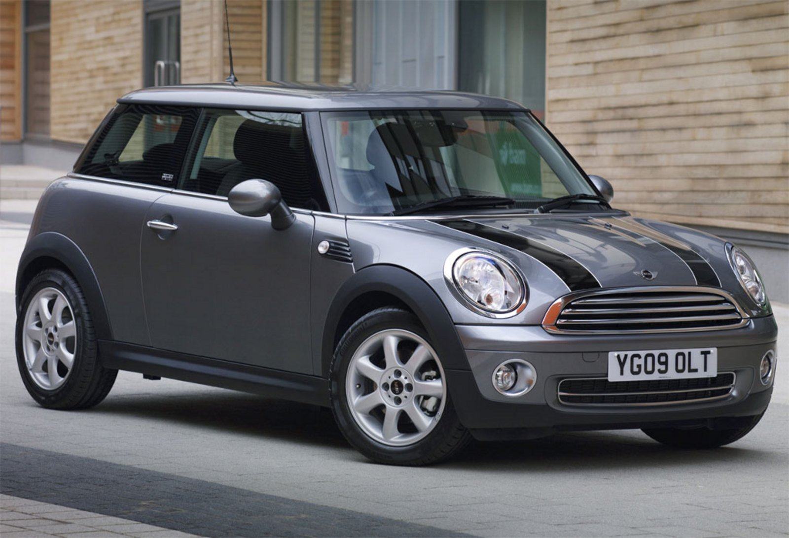 2009 mini cooper graphite review top speed. Black Bedroom Furniture Sets. Home Design Ideas
