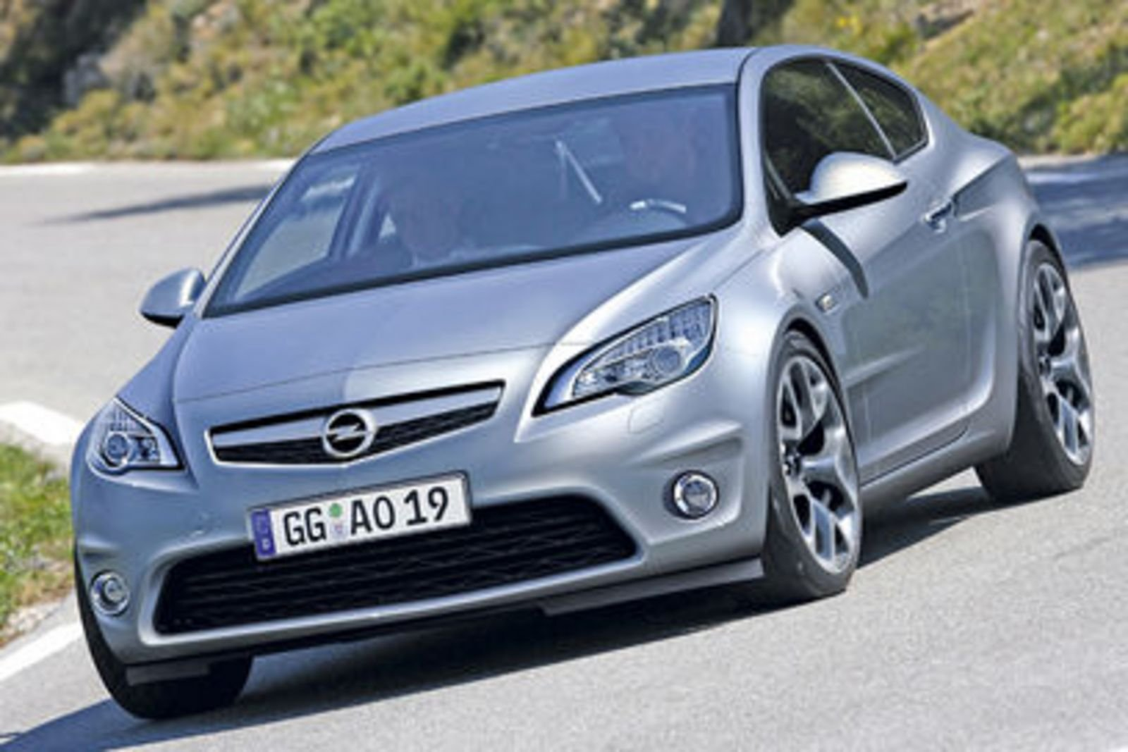 opel insignia coupe in the works news top speed. Black Bedroom Furniture Sets. Home Design Ideas
