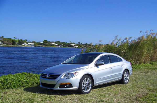 2009 volkswagen cc luxury car review top speed. Black Bedroom Furniture Sets. Home Design Ideas