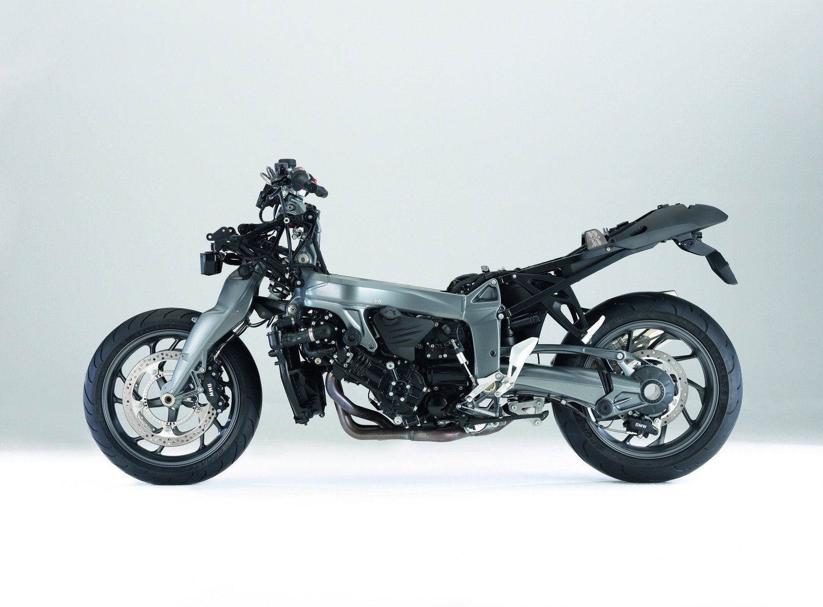 2009 bmw k 1300 r picture 302882 motorcycle review top speed. Black Bedroom Furniture Sets. Home Design Ideas
