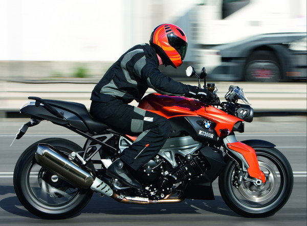 2009 bmw k 1300 r motorcycle review top speed. Black Bedroom Furniture Sets. Home Design Ideas