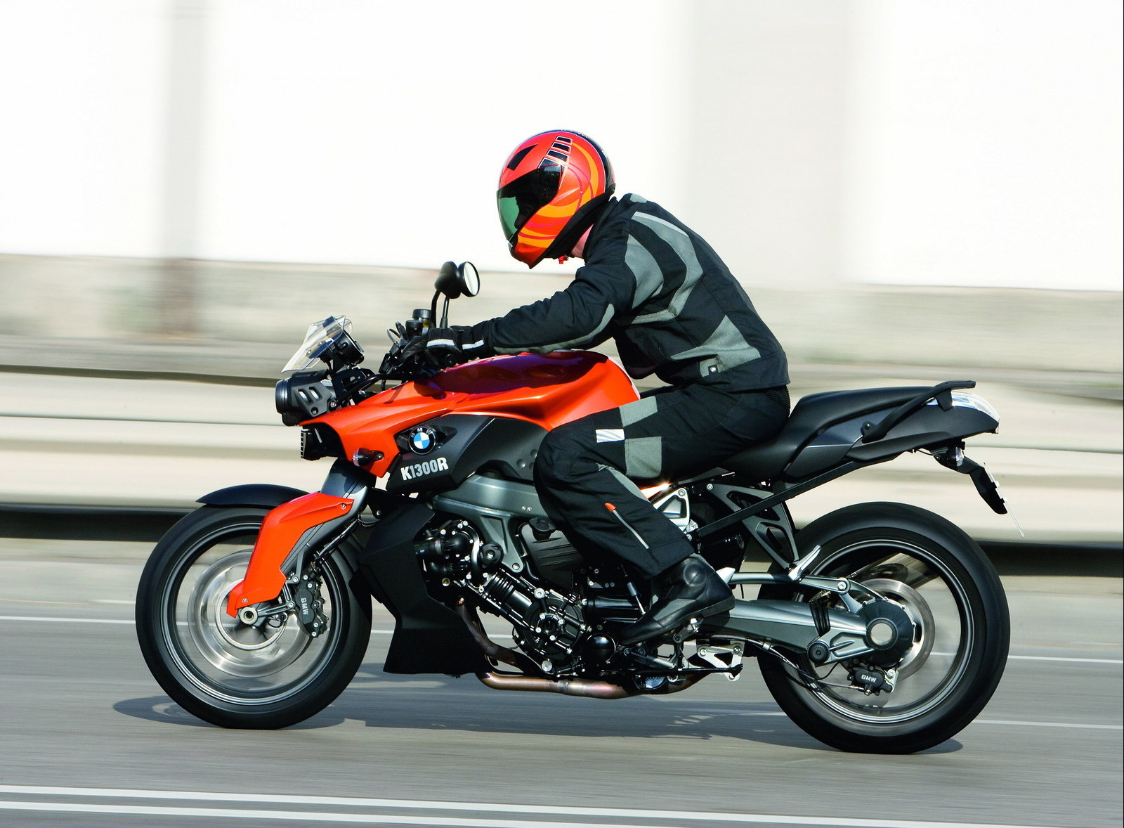 2009 bmw k 1300 r picture 302890 motorcycle review. Black Bedroom Furniture Sets. Home Design Ideas