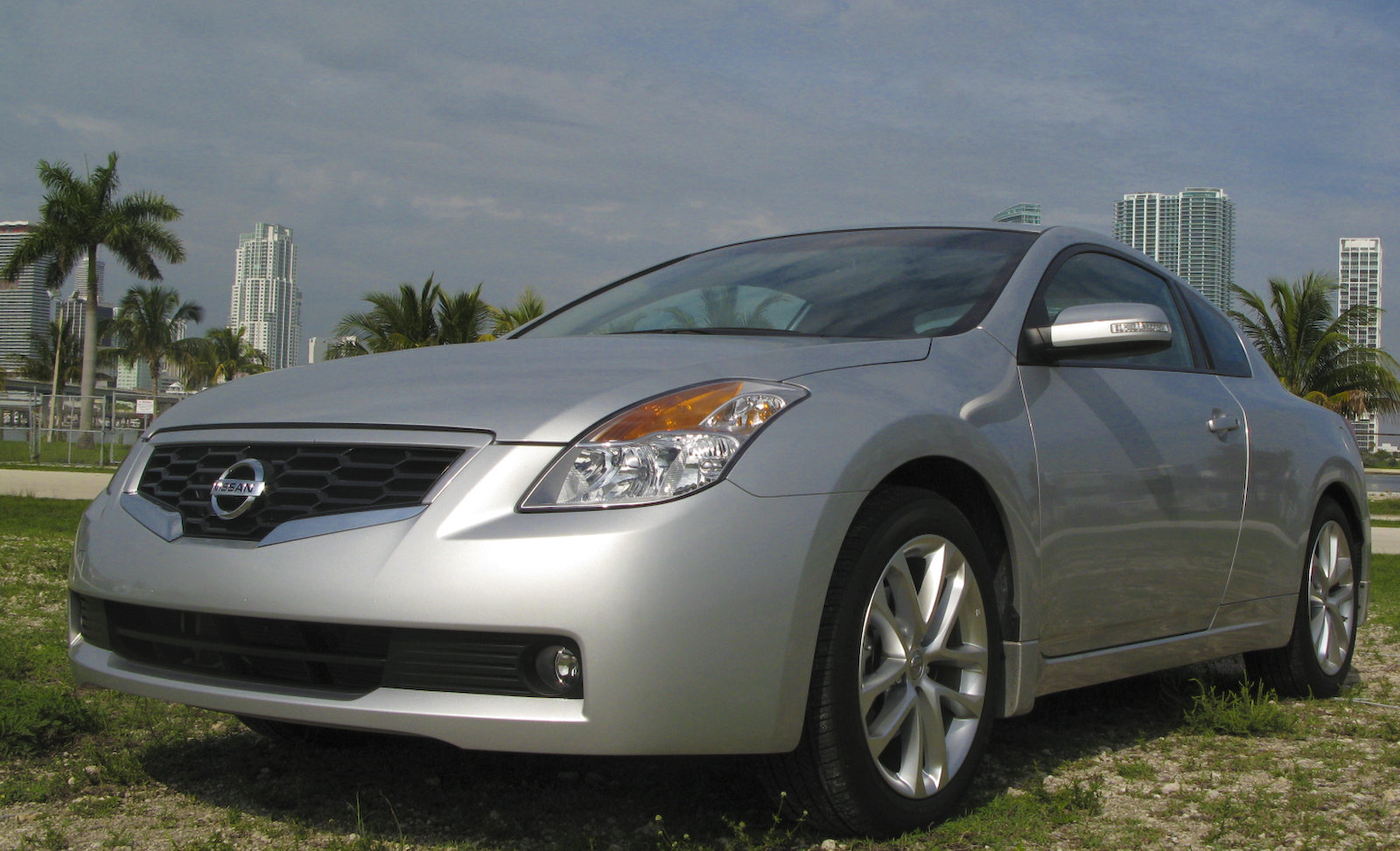 2009 nissan altima coupe 3 5 se picture 303336 car. Black Bedroom Furniture Sets. Home Design Ideas