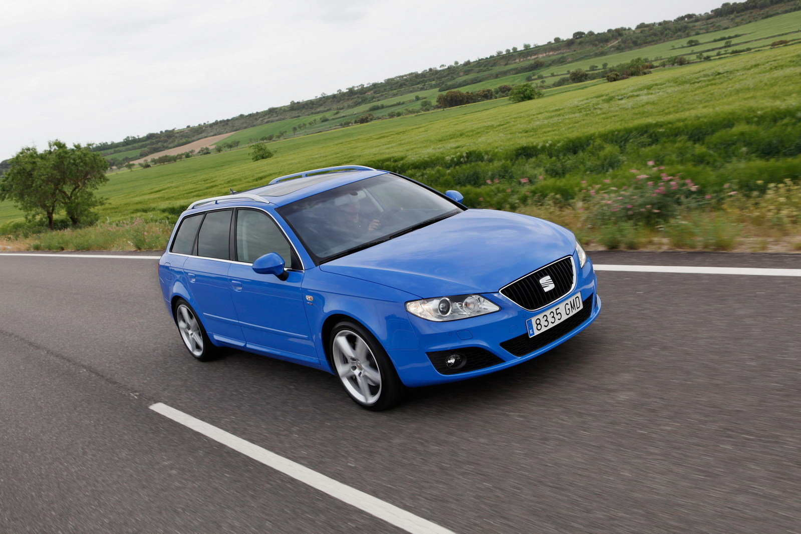 2010 seat exeo sport tourer picture 304000 car review top speed. Black Bedroom Furniture Sets. Home Design Ideas