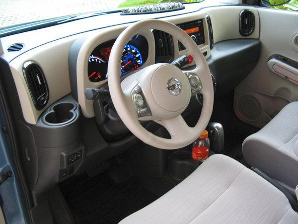 2009 Nissan Cube 1 8 Sl Car Review Top Speed