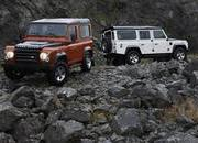2009 Land Rover Defender Fire and Ice - image 304825
