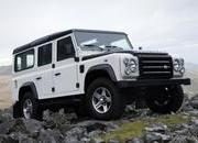 2009 Land Rover Defender Fire and Ice - image 304826
