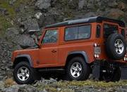 2009 Land Rover Defender Fire and Ice - image 304815