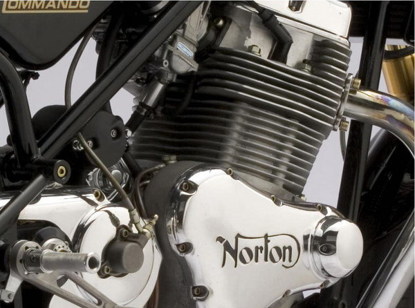 2009 norton commando 961 se motorcycle review top speed. Black Bedroom Furniture Sets. Home Design Ideas