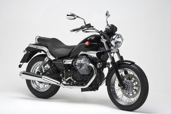 2009 moto guzzi nevada classic 750 motorcycle review top speed. Black Bedroom Furniture Sets. Home Design Ideas