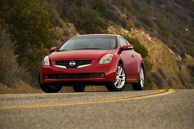 2009 Nissan Altima Coupe   Top Speed. »
