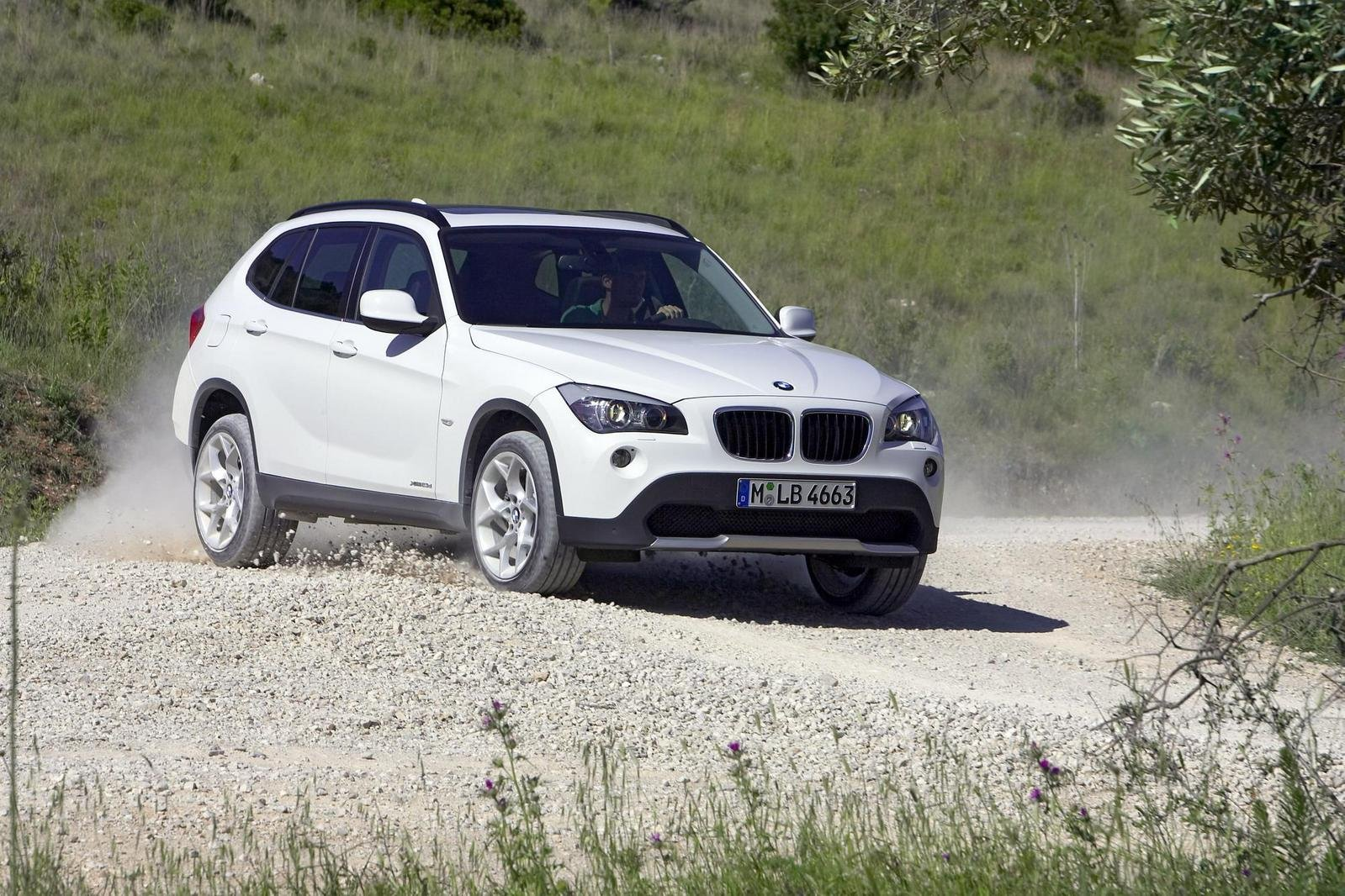 2011 bmw x1 picture 308104 car review top speed. Black Bedroom Furniture Sets. Home Design Ideas