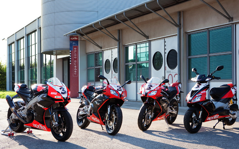 Aprilia RS125, RS50 and SR50 get Max Biaggi paint schemes