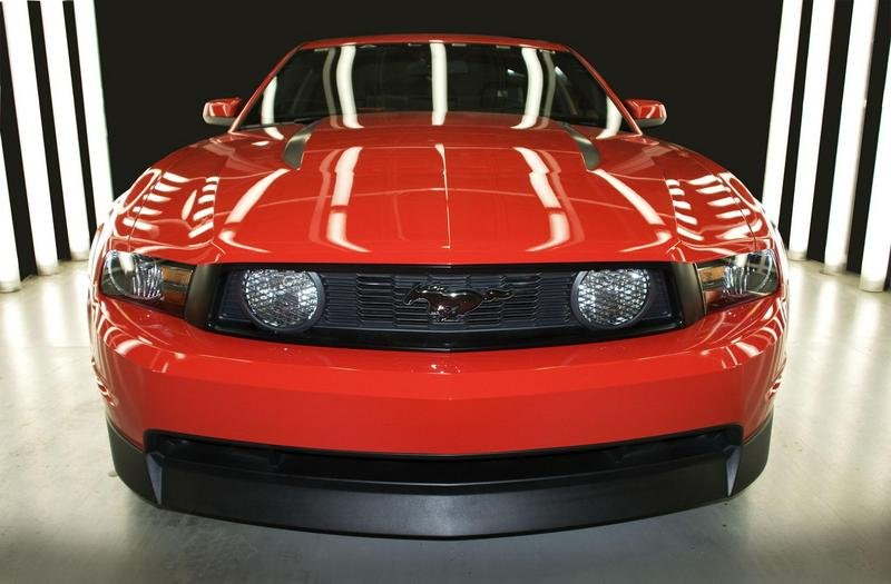 saleen 435s based on the ford mustang news top speed. Black Bedroom Furniture Sets. Home Design Ideas