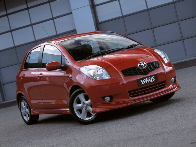 Toyota will bring Yaris hybrid in 2011