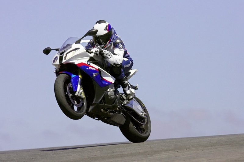 2010 BMW S1000RR pictures and video update