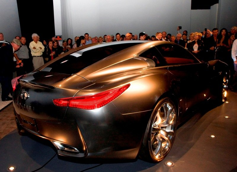 Video: The Infiniti Essence arrives at Pebble Beach