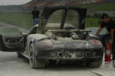 Porsche Carrera GT destroyed by fire