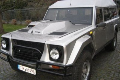 Ultra rare Rambo Lambo Lamborghini LM002 up for sale