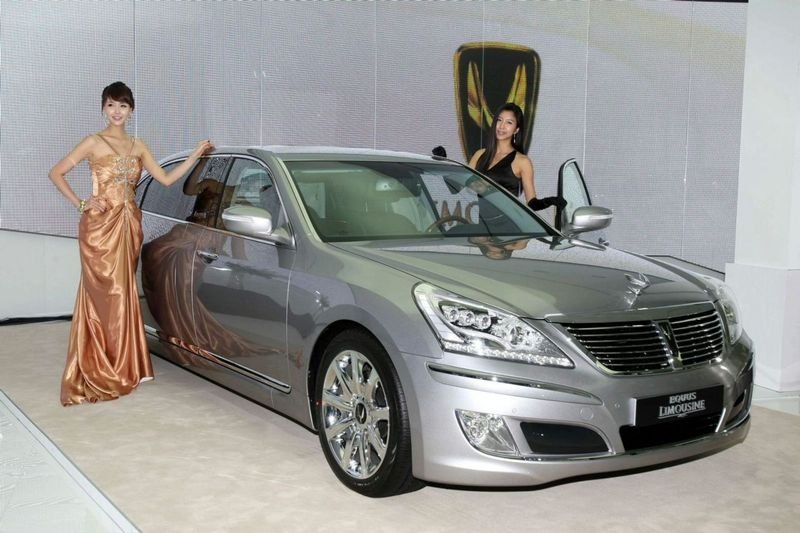 2010 Hyundai Equus Stretch Edition