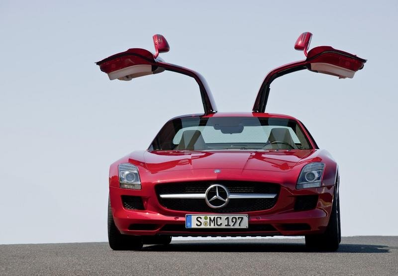 2011 Mercedes-Benz SLS AMG Front View